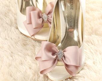 wedding shoe clip, bridal shoe clip, bow shoe clips, bridal shoes clips, wedding shoes clips, lace shoe clip, bow shoe clip
