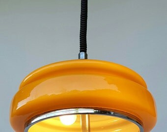 "Beautiful Yellow vintage pendant, auto-variable 28-55"""