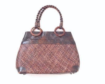 Straw market bag leather and woven straw bag. straw market bag / farmer's market top handle bag / large straw bag