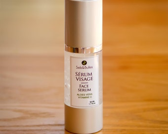 Serum tensor face with moringa extract, vitamin C and hyaluronic acid