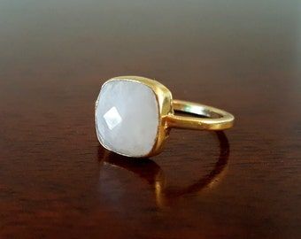 Moonstone Jewelry- Moonstone Ring - Stackable Ring - Gold Ring - Gemstone Ring - Moonstone Ring Gold - Moon Stone Ring - Valentines Day Gift