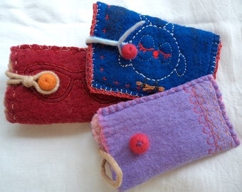 Wet felted sunglasses case