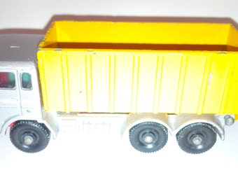 Vintage Lesney Matchbox Diecast Car : No. 47 DAF Tipper Container Truck 1968 Made In England