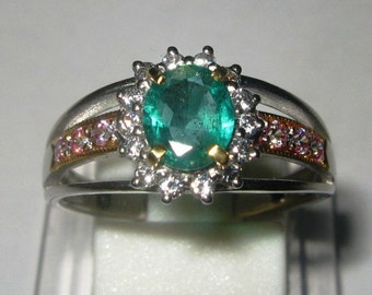 Woman Silver Emerald Ring 7.5US