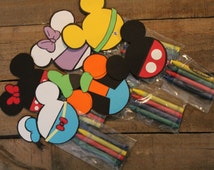 Mickey's Clubhouse Party Favors Mickey Minnie Donald Daisy Pluto and Goofy Crayon Packs. Set of 6