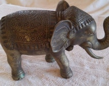 SALE! FREE SHIPPING Great Bronze Elephant Safari Thailand Animal Zoo Small Statue Great Details