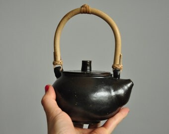 Japanese Style Teapot