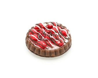 Dollhouse Miniatures Chocolate with Strawberry Topping Round Tart