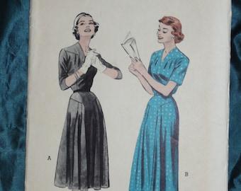 1950s Butterick 6833 Dress Sz 18 bust 36