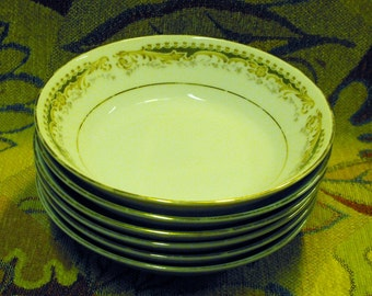 Queen Anne Select Fine China Japan Signature Collection (6) Berry Bowls