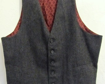 A Men's,Vintage 60's REVERSIBLE Charcoal Gray & Red Silk VEST.S