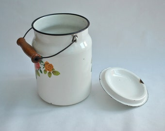 Soviet Vintage Enamel milk Can with lid Floral pattern Soviet Vintage made in the USSR Cottage Chic Farmhouse Decor Tableware Container