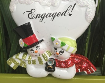 Engaged couple Christmas Ornament>>FREE PERSONALIZE>>FREE Holiday gift bag>>Couple ornament>>Merry Christmas