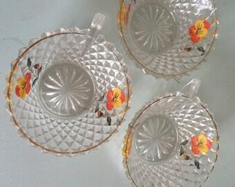 Glass vintage bowls.