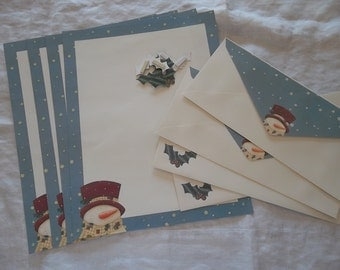 Vintage Christmas Snowman Stationery with Coordinating Envelopes and Embelishments of Holly Set of 8