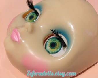 Realistic Light Green Soft Resin Eye Chips For Blythe (14 mm)