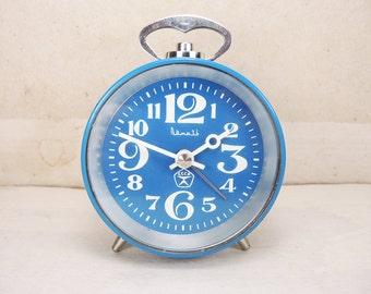 Vintage alarm clock Vityaz - Vintage soviet alarm clock - Mechanical clock