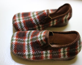 new slipper vintage, green and white Scottish brown, made in France,