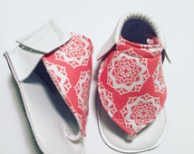 Coral Medallion Mocc Flops == Queen B Moccs == Baby Moccasins == More colors/pattern available