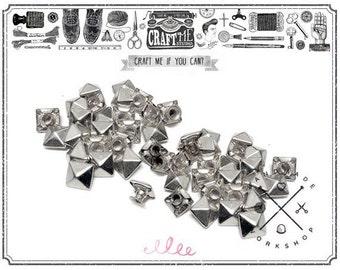 Silver PYRAMID Rapid Rivet Studs Glam Rock Biker Nailheads Leathercraft Decorations Pack of 100