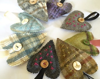 Little 'love & kisses' tweed lavender heart