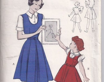 Girls' Jumper Dress with Skirt in two styles Pattern/  Patron de robe pour fille -  1950s