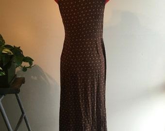 Brown 90s dress