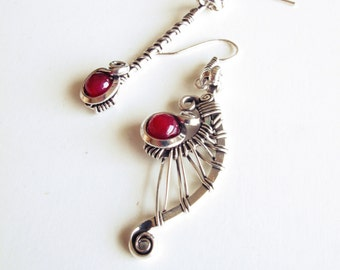 Asymmetric ethnic earrings - raspberry pink - silver