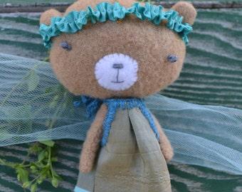 Brown bear pocket pal