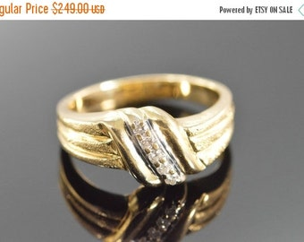 1 Day Sale 14K 0.05 Ctw Diamond Textured Knot Ring Size 6.25 Yellow Gold
