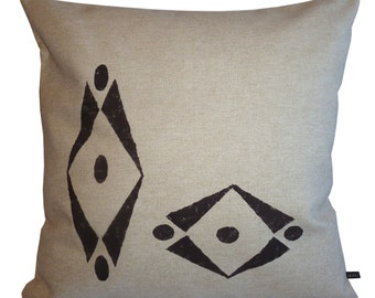 "Pillows in linen ""AZTEC"" by Collection."