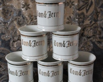 Vintage Tom & Jerry Mugs Set of 6 White Trimmed in Gold 1950's – 1960's Mid-Century Japan Punch Mugs