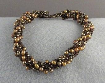 Brown Seed Bead and Pearl Beaded Bracelet