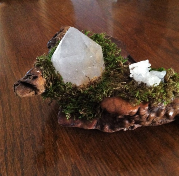 MEDITATION GARDEN with Large GENERATOR Crystal and small cluster, Sedona Vortex and Reiki Charged, Crystal Cluster Micro Garden, Harmony