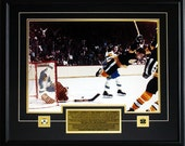 Bobby Orr The Goal Color 16x20 Boston Bruins Frame