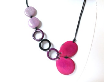 Tagua fuchsia necklace, Statement necklace, Boho handmade Jewelry, Valentine's gift ideas, Gift women, Mothers necklace, Bohemian jewelry