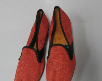 Vintage 1960/70's Red Cotton Embroidered Shoes size US 7