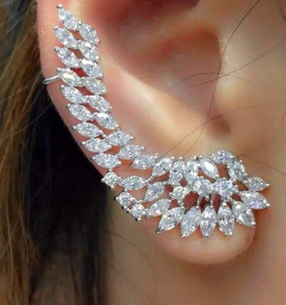 Bodykandycouture Elegant Swarovski Art Deco Ear Cuff For