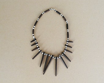 Vintage Black and White African Style Necklace