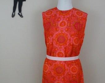 Vintage 1950's SIlk Shift Dress / 50s Printed Day Dress S