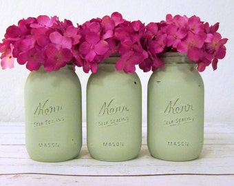 Green Mason Jars / Rustic Wedding Mason Jars / Shabby Chic Flower Vases / Painted Mason Jars / Quart Mason Jars / Light Green Mason Jar Set