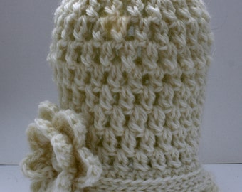 Crochet Baby Beanie with Flower // Baby Girl // Custom Size and Colour // Harriet