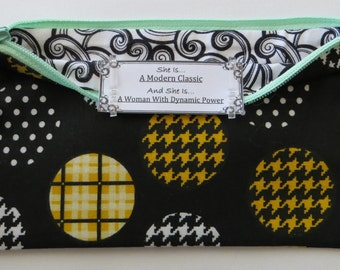 Persette #44 Personalized Zippered Organizing Pouch