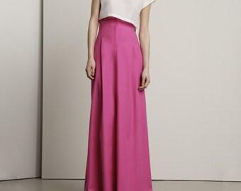 The Giantess Skirt, size Small-Long