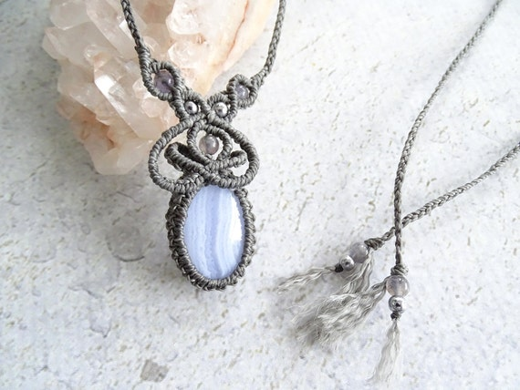 Blue Lace Agate w/ Iolite & Silver Infused Clear Quartz Macrame Necklace,Bohemian,Hippie,Gypsy,Tribal,Gift Idea,ブルーレースアゲート,マクラメネックレス,天然石