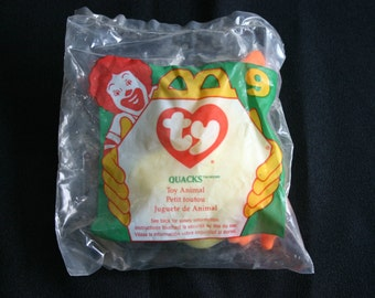 """Vintage, Ty beanie baby.  """"Quacks"""" the yellow duck."""