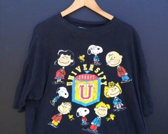 Snoopy University vintage Peanuts  Tshirt