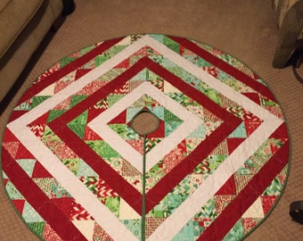 Holiday Tree Skirt (homemade and reversible)