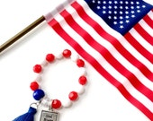 God Bless America Beaded Bracelets, Red White Blue Bracelets, Girls Stretch Bracelets, USA, America, Fourth of July Bracelet, Gods Country
