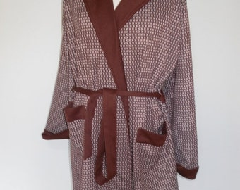 25% Off Sale Vintage mens robe dressing gown 60s chocolate brown graphic print mens robe size medium
